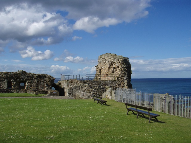 Overlooking the Forth from St Andrew's Castle